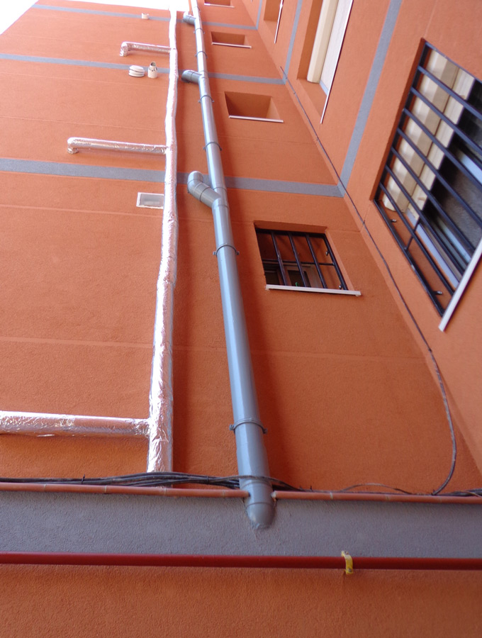 Pintar bajantes en Madrid