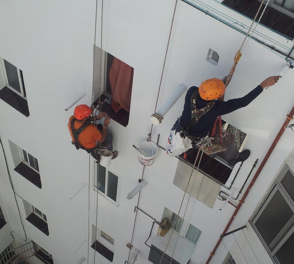Trabajos verticales en Lepe